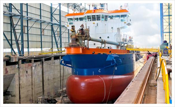 Schiffbau / Neubau in einer Werft